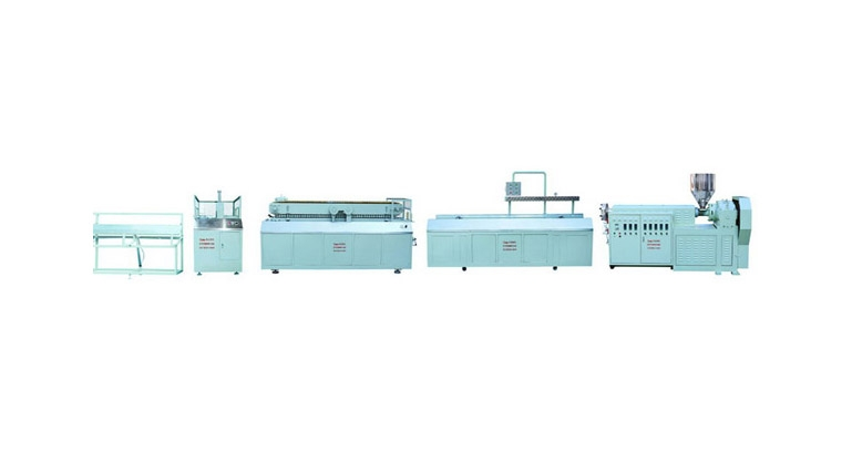 Single screw plastic wood profile production line